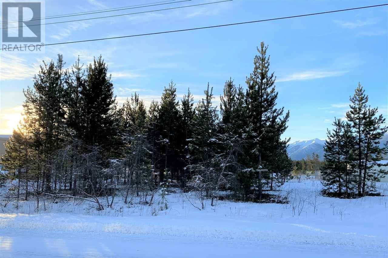 Residential property for sale at 1025 9th Ave Valemount British Columbia - MLS: R2526634