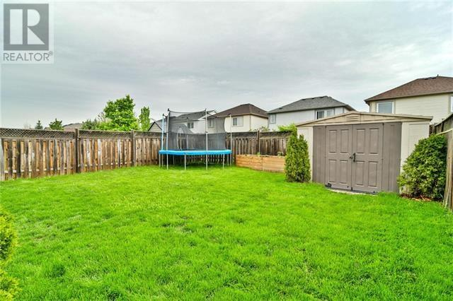 For Sale: 1025 Gordon Heights, Milton, ON | 3 Bed, 3 Bath House for $729,900. See 25 photos!