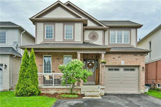 For Sale: 1025 Gordon Heights, Milton, ON | 3 Bed, 3 Bath House for $799,900. See 19 photos!