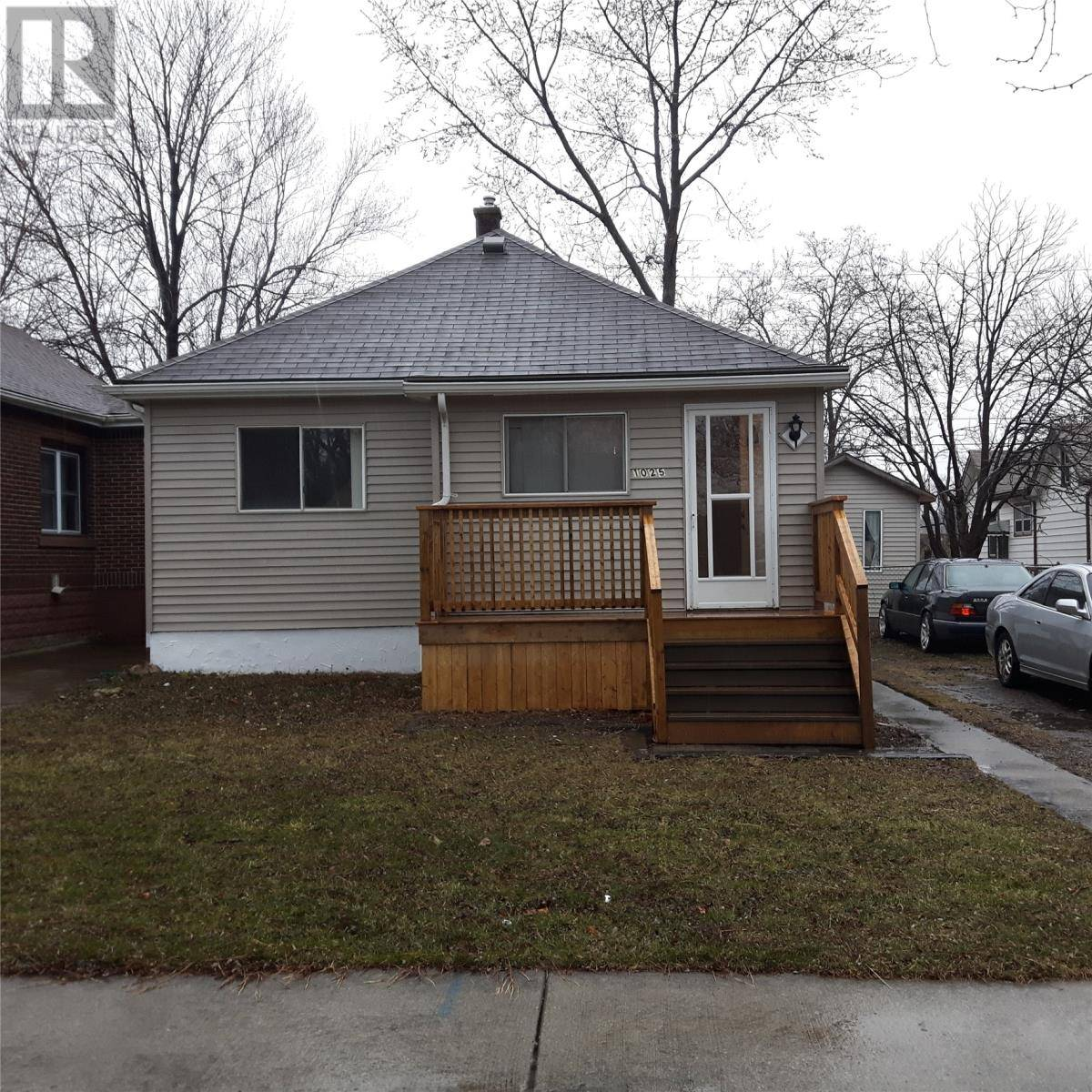House for sale at 1025 Westminster  Windsor Ontario - MLS: 20003481