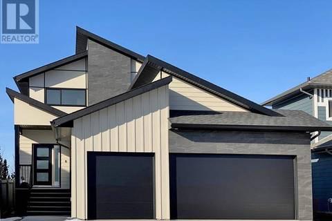 House for sale at 10254 67 Ave Grande Prairie Alberta - MLS: GP200836