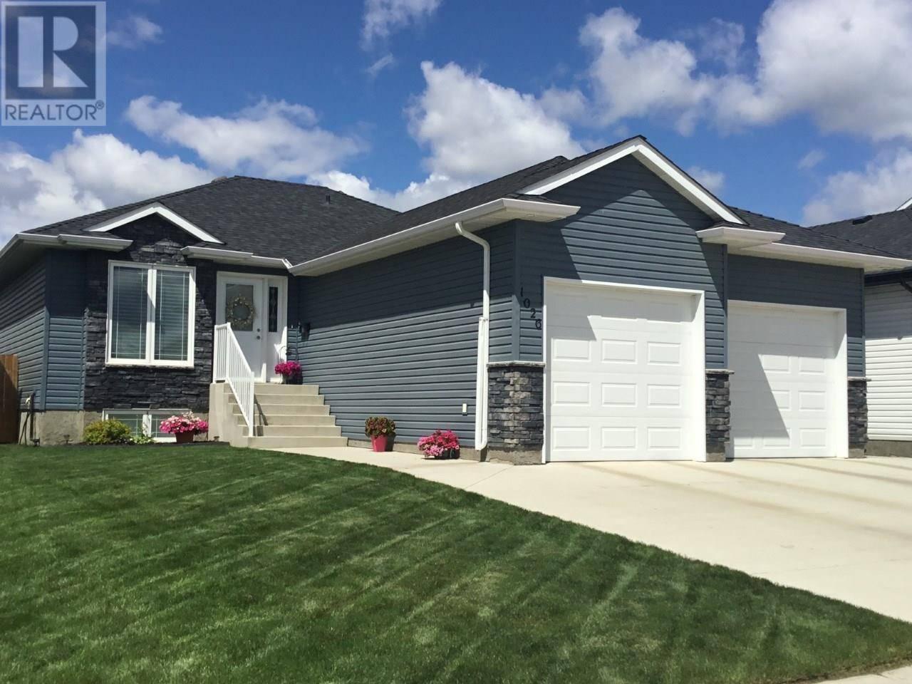 House for sale at 1026 Hargreaves Mnr  Saskatoon Saskatchewan - MLS: SK783229
