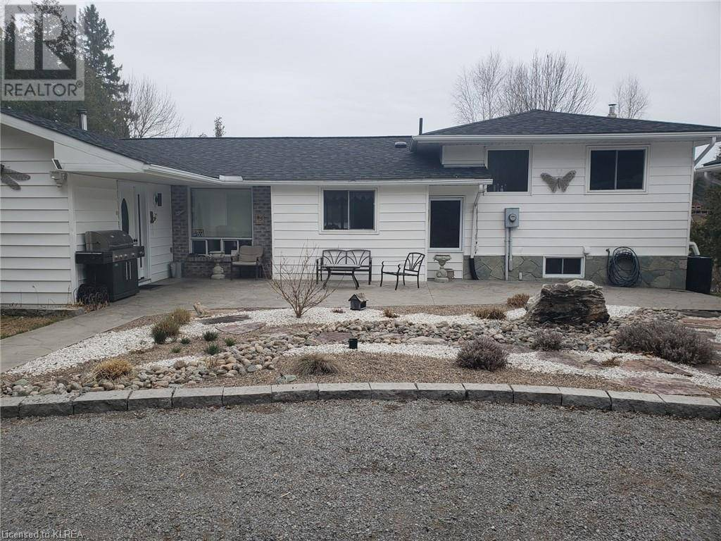House for sale at 1026 Malcolm Rd South Bancroft Ontario - MLS: 255940