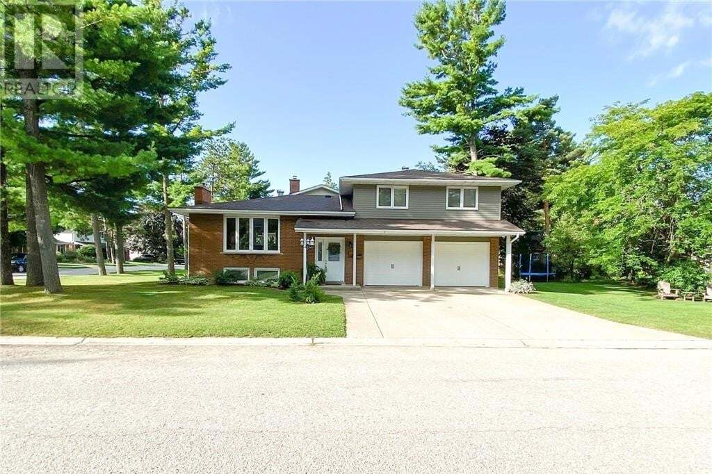 House for sale at 1028 Fraser Ct Saugeen Shores Ontario - MLS: 277810