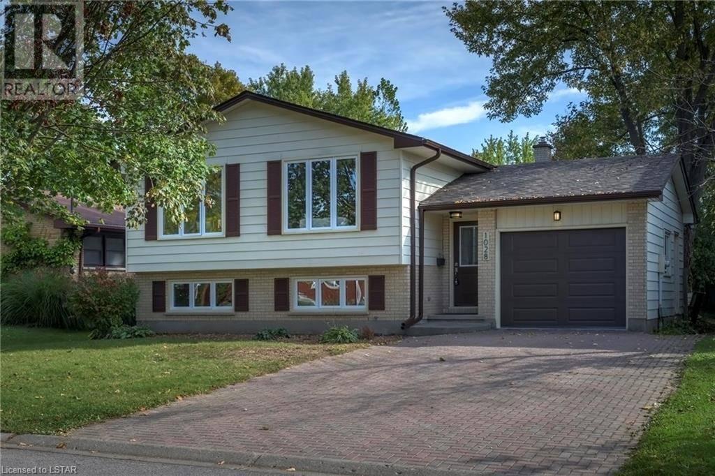 House for sale at 1028 Mahogany Rd London Ontario - MLS: 228143
