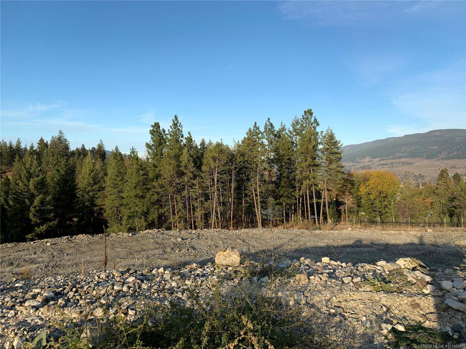 Home for sale at 10280 Beacon Hill Dr Lake Country British Columbia - MLS: 10194597