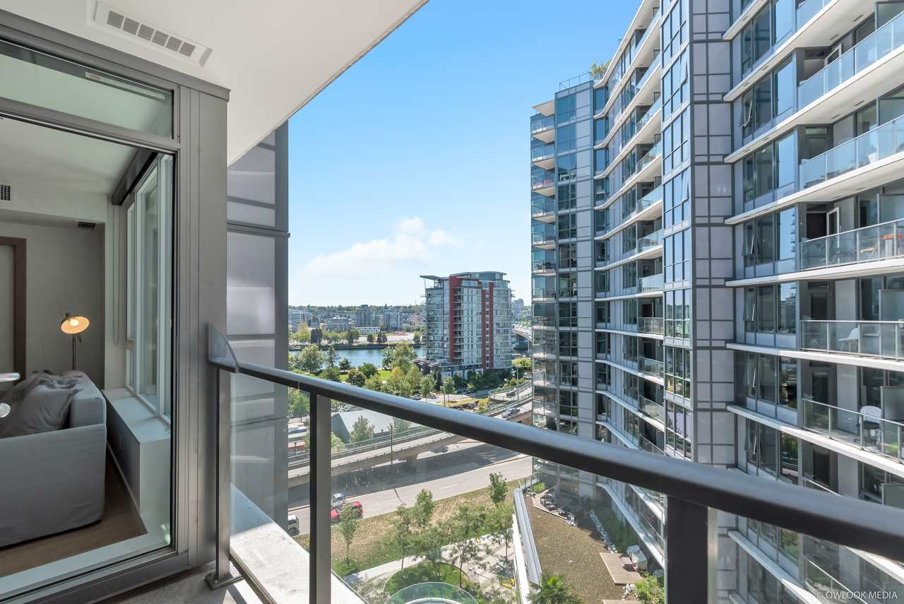 Removed: 1029 - 68 Smithe Street, Vancouver, BC - Removed on 2020-01-27 04:12:02