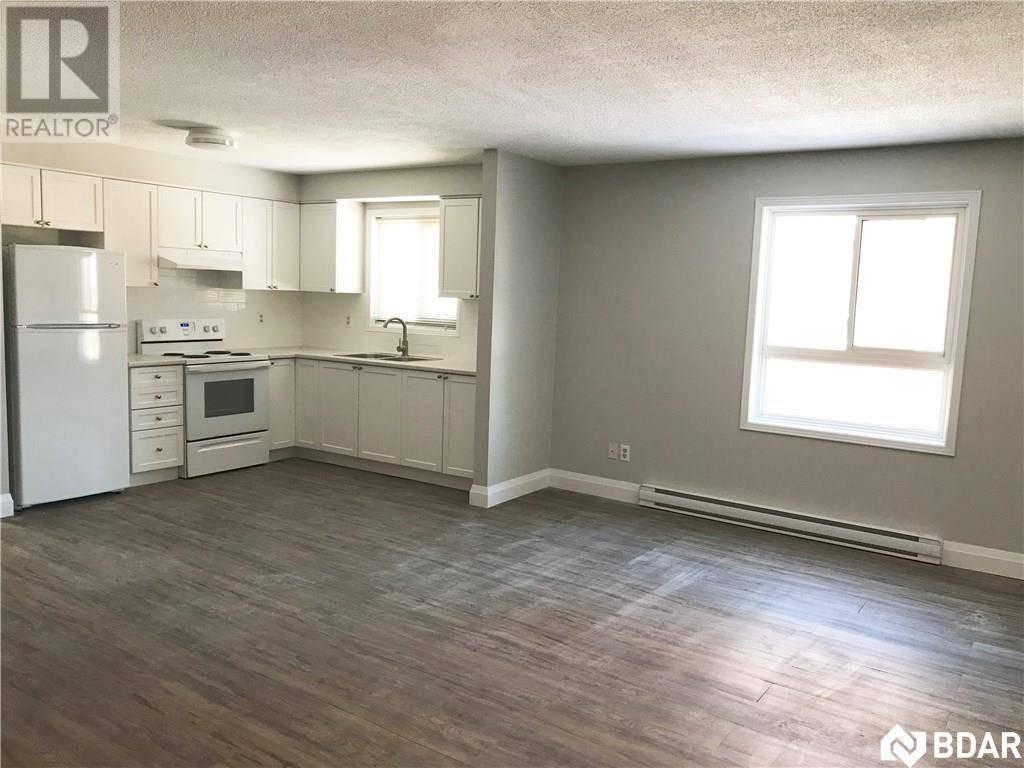 Apartment for rent at 104 Codrington St Unit 103 Barrie Ontario - MLS: 30790592