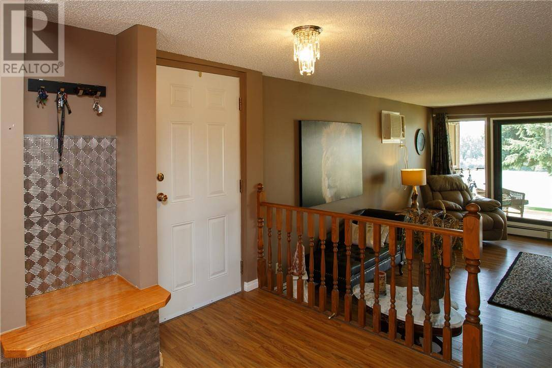 Condo for sale at 1051 3 St Nw Unit 103 Medicine Hat Alberta - MLS: mh0174855
