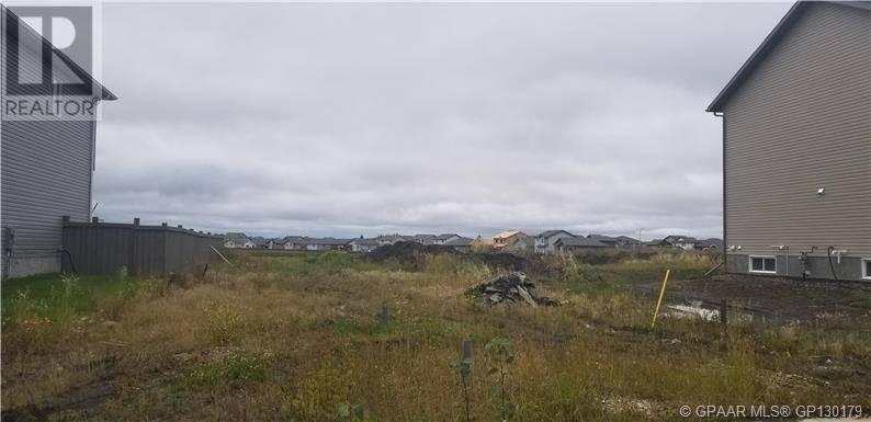 Home for sale at 12706 103 B St Unit 103 Grande Prairie Alberta - MLS: GP203027