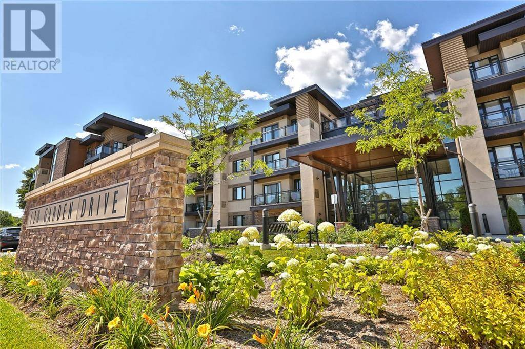 Apartment for rent at 128 Garden Dr Unit 103 Oakville Ontario - MLS: 30774984