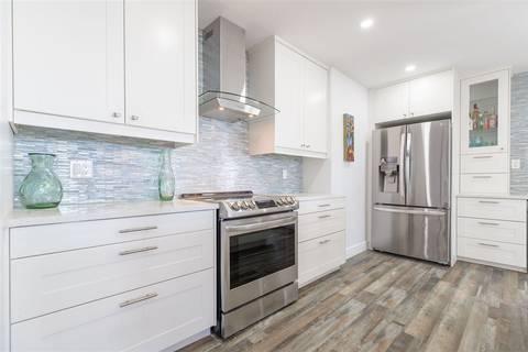 Condo for sale at 15025 Victoria Ave Unit 103 White Rock British Columbia - MLS: R2411534