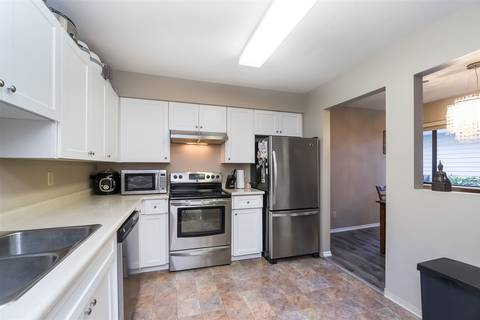 Condo for sale at 15290 Thrift Ave Unit 103 White Rock British Columbia - MLS: R2423080