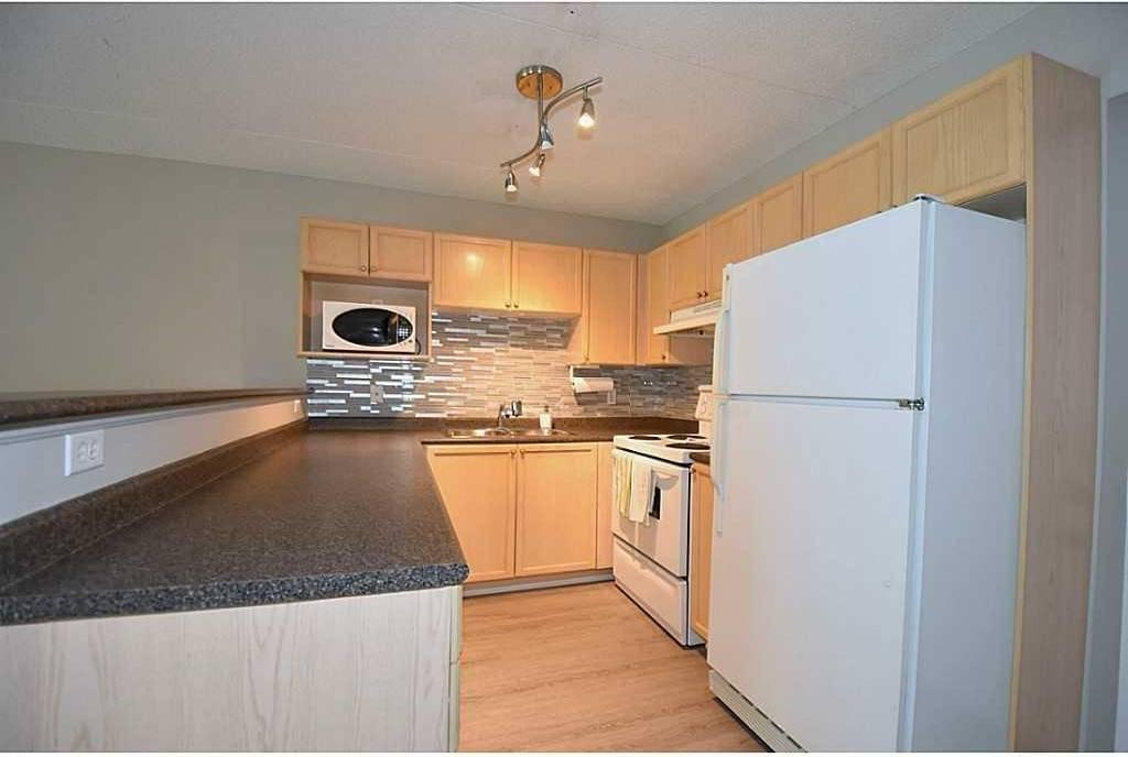 Apartment for rent at 1830 Walker's Line Unit 103 Burlington Ontario - MLS: H4067601