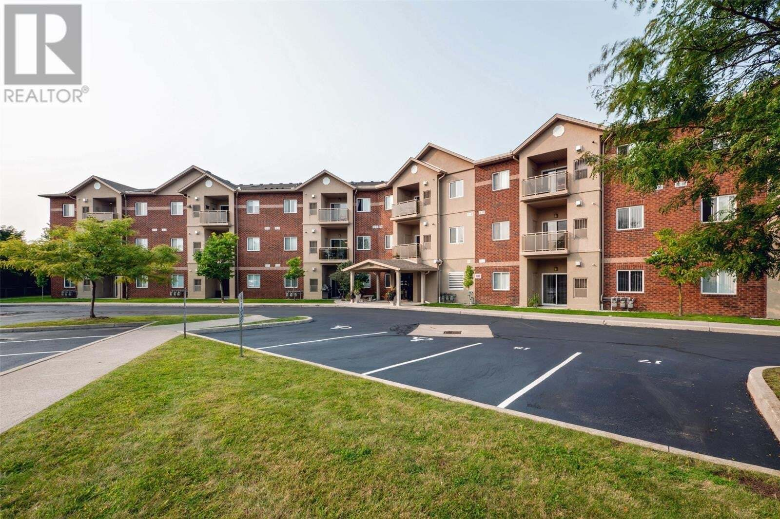 Condo for sale at 1885 Westview Park Blvd Unit 103 Lasalle Ontario - MLS: 20012023