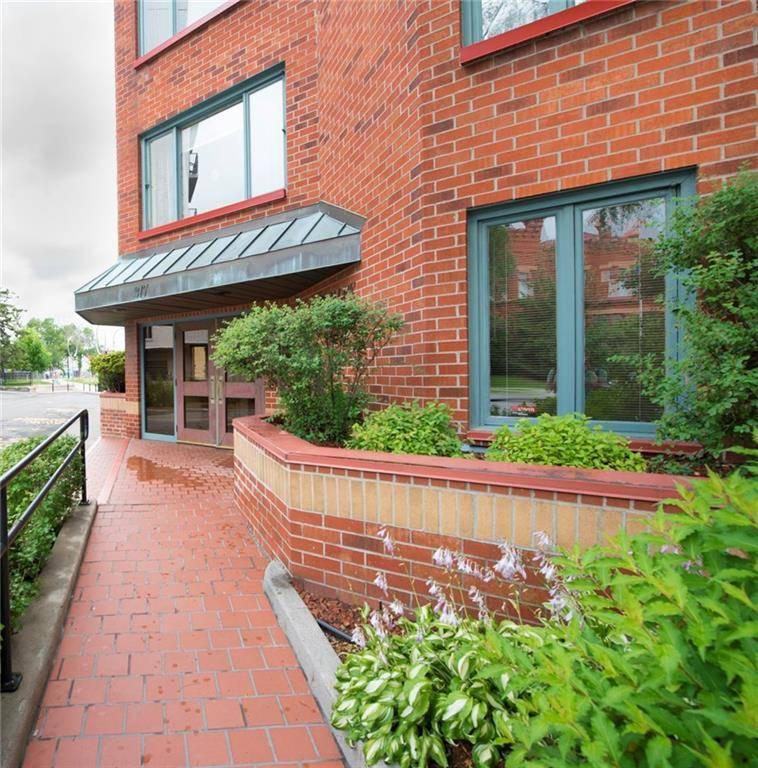 Apartment for rent at 317 Metcalfe St Unit 103 Ottawa Ontario - MLS: 1169454