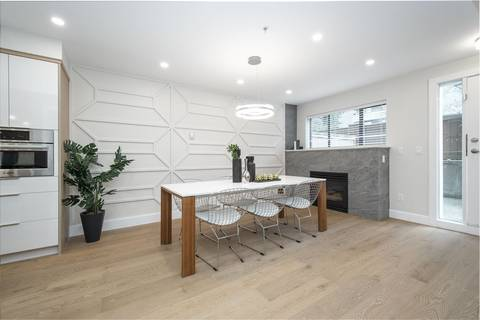 Condo for sale at 345 Lonsdale Ave Unit 103 North Vancouver British Columbia - MLS: R2435267
