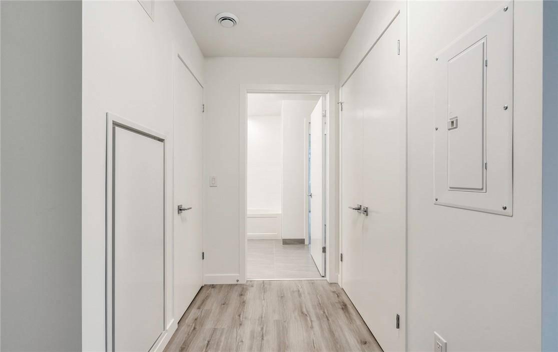 Apartment for rent at 467 Charlton Ave E Unit 103 Hamilton Ontario - MLS: H4075548