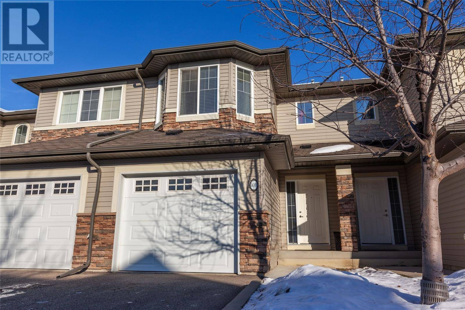 Townhouse for sale at 615 Lynd Cres Unit 103 Saskatoon Saskatchewan - MLS: SK790989