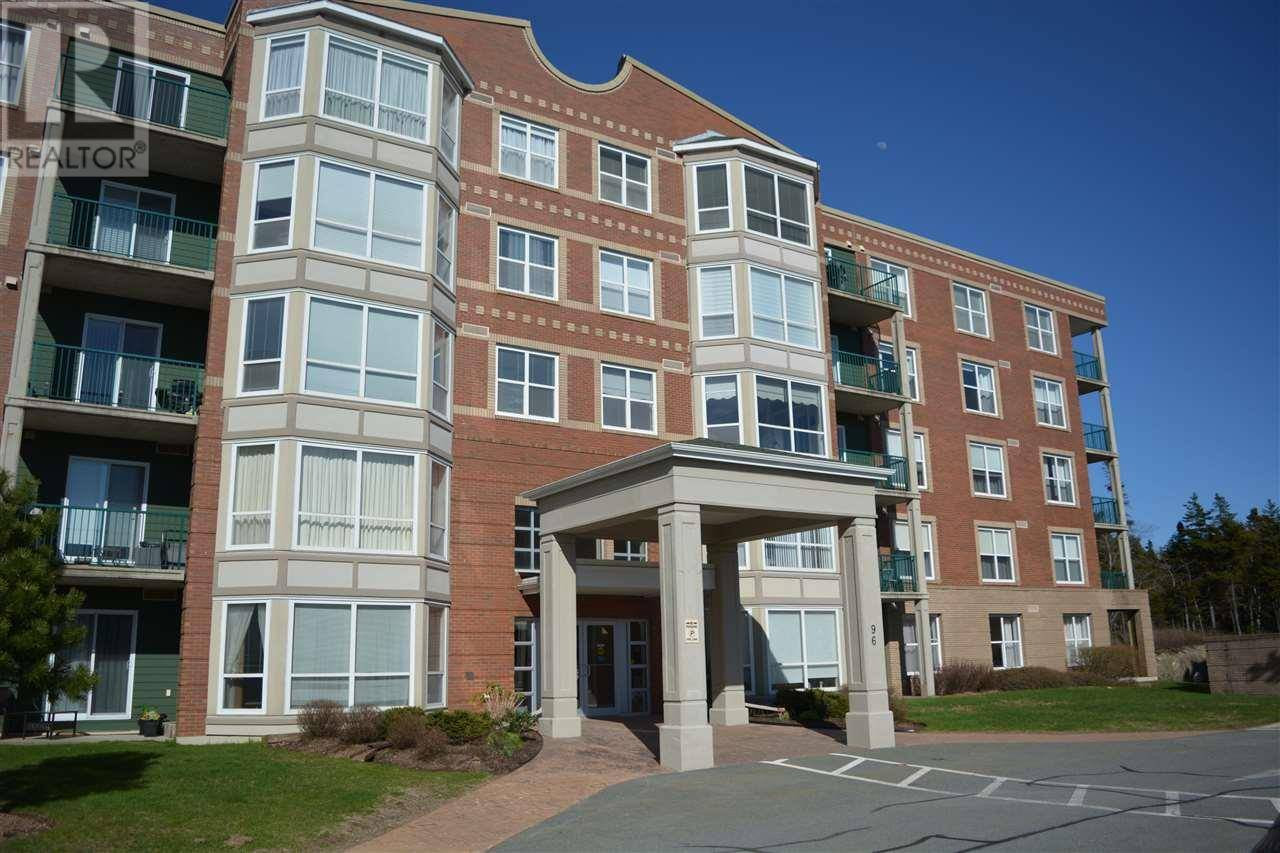 Buliding: 96 Regency Park Drive, Halifax, NS