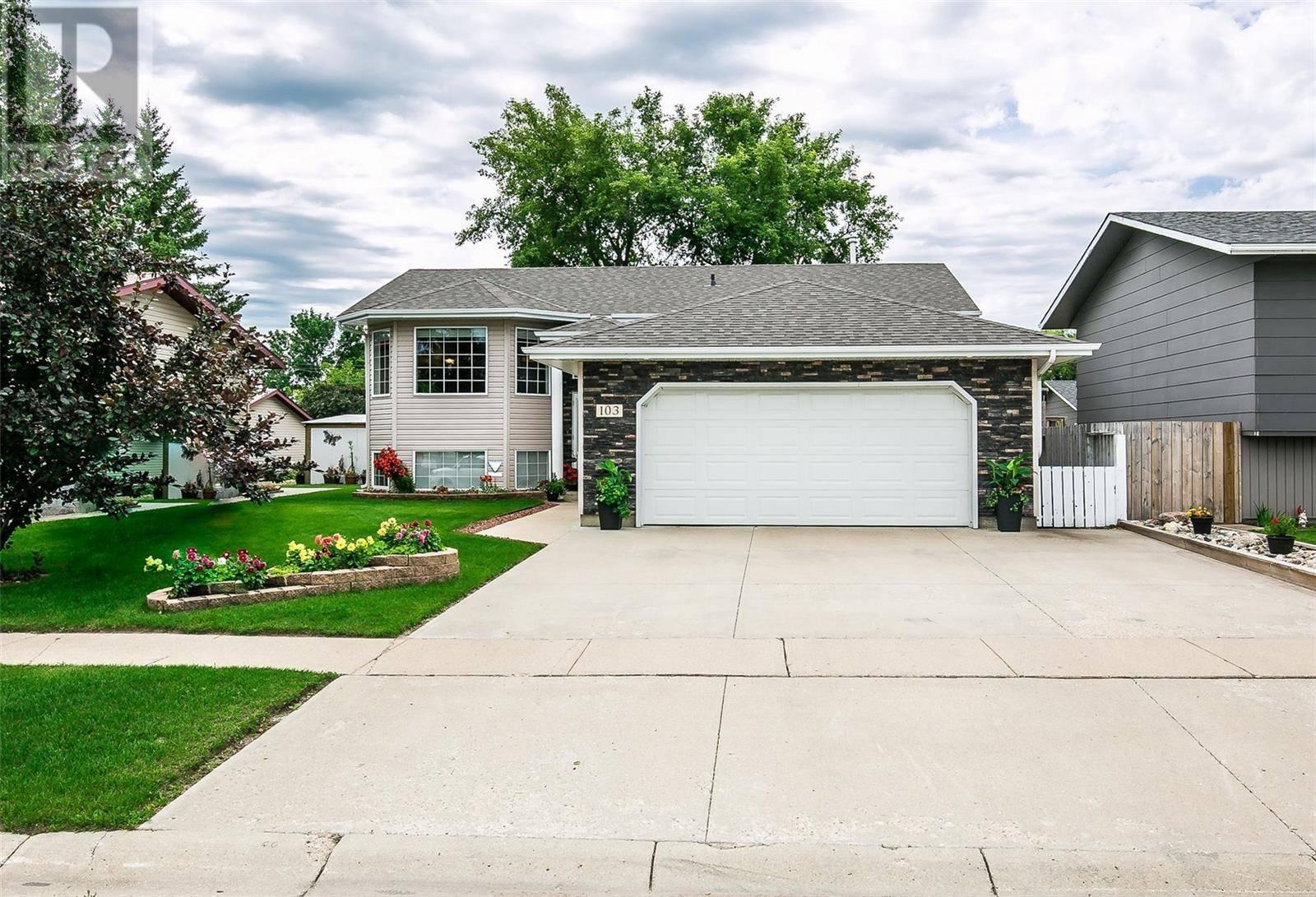 House for sale at 103 Canora St W Warman Saskatchewan - MLS: SK782792