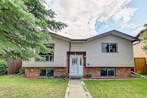 House for sale at 103 Castleridge Wy Northeast Calgary Alberta - MLS: C4258010