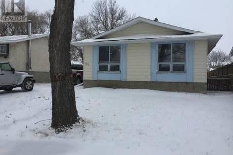 House for sale at 103 Coleman Cres Regina Saskatchewan - MLS: SK772014