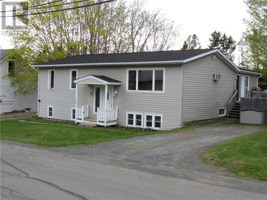 House for sale at 103 Gold St Woodstock New Brunswick - MLS: NB025122