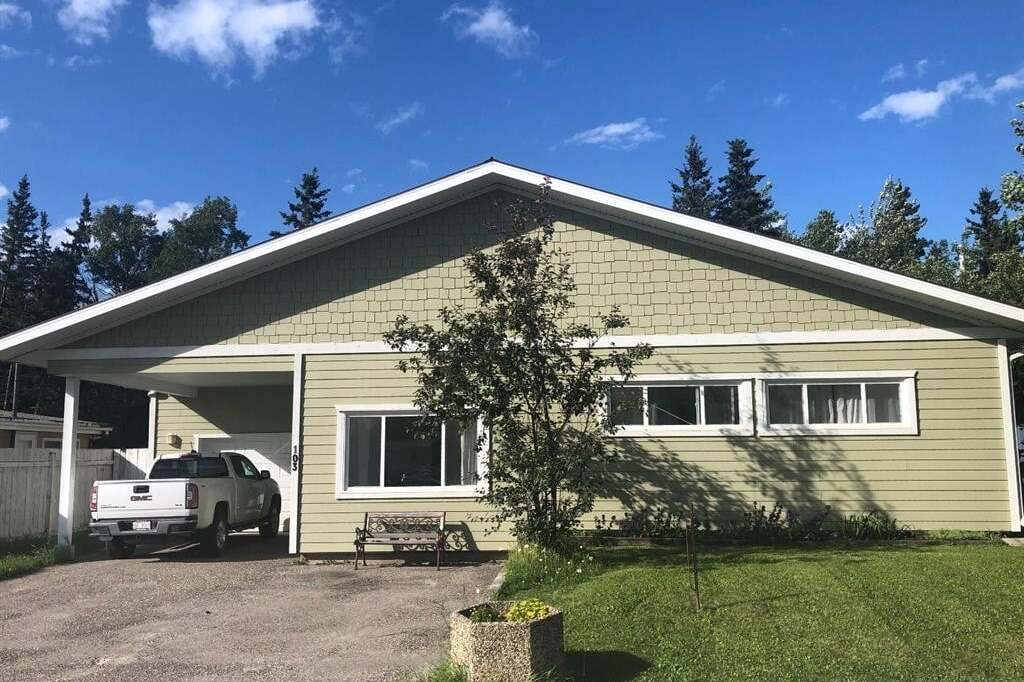 House for sale at 103 Hardisty Dr Hinton Alberta - MLS: A1007666