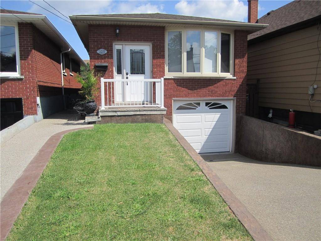 House for sale at 103 Mcanulty Blvd Hamilton Ontario - MLS: H4061578