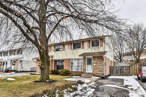 Townhouse for sale at 103 Mccraney St Oakville Ontario - MLS: W4697745