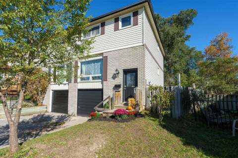 Townhouse for sale at 103 Robin Ct Barrie Ontario - MLS: S4954519