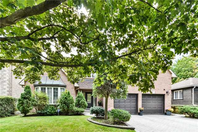 For Sale: 103 Upper Canada Drive, Toronto, ON | 5 Bed, 5 Bath House for $3,290,000. See 20 photos!