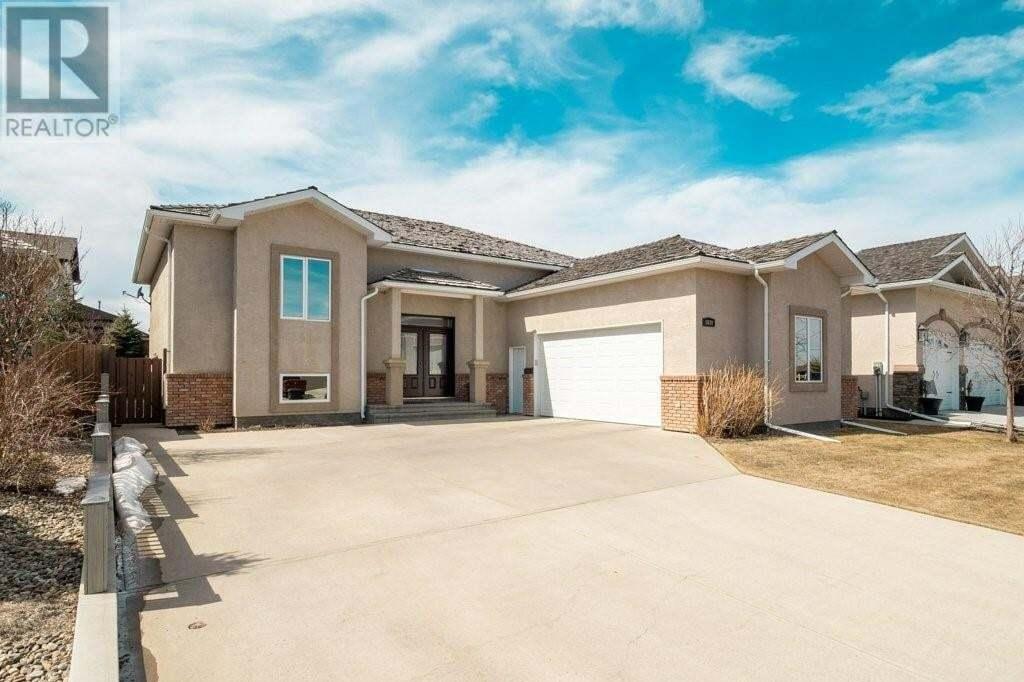 House for sale at 1030 Canyon Blvd Lethbridge Alberta - MLS: LD0192154