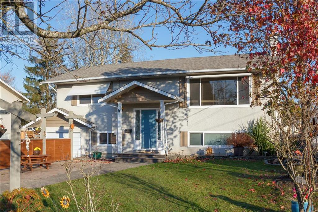 Removed: 10305 Bowerbank Road, Sidney, BC - Removed on 2019-12-16 05:27:04
