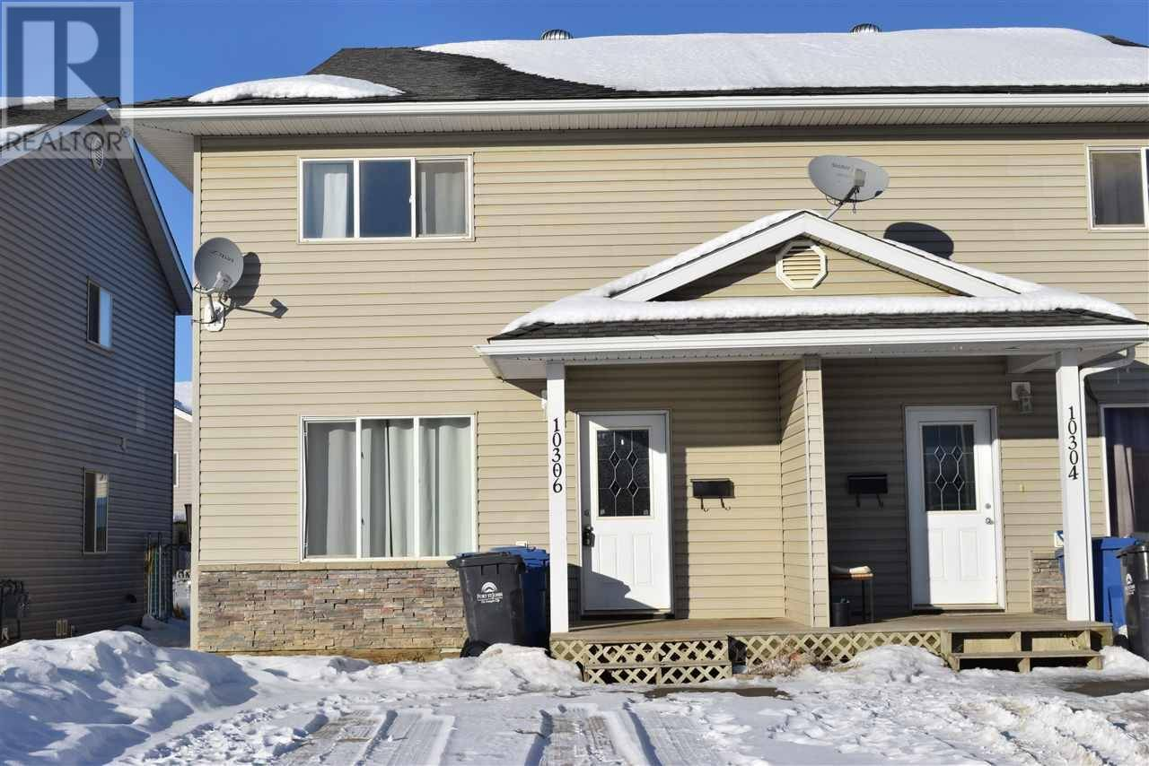 Townhouse for sale at 10306 97 Ave Fort St. John British Columbia - MLS: R2434744