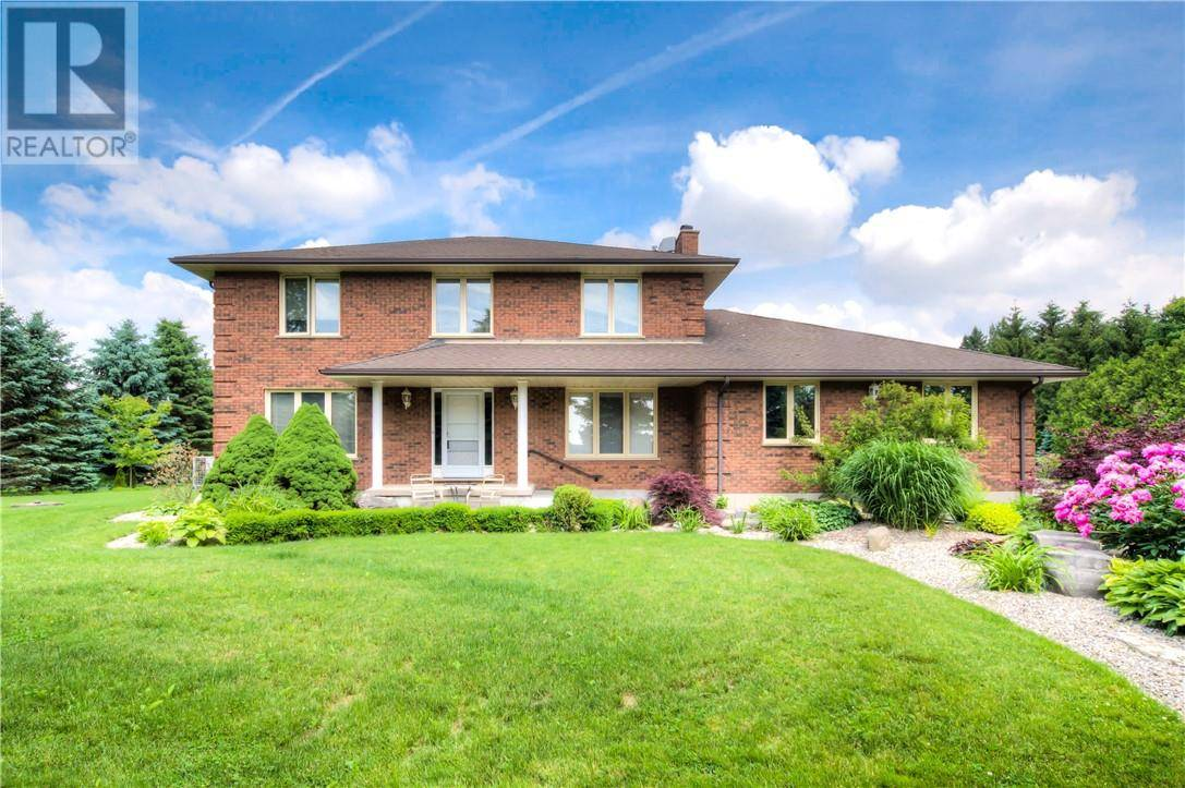 House for sale at 10306 Sinclair Dr Middlesex Centre (twp) Ontario - MLS: 203986
