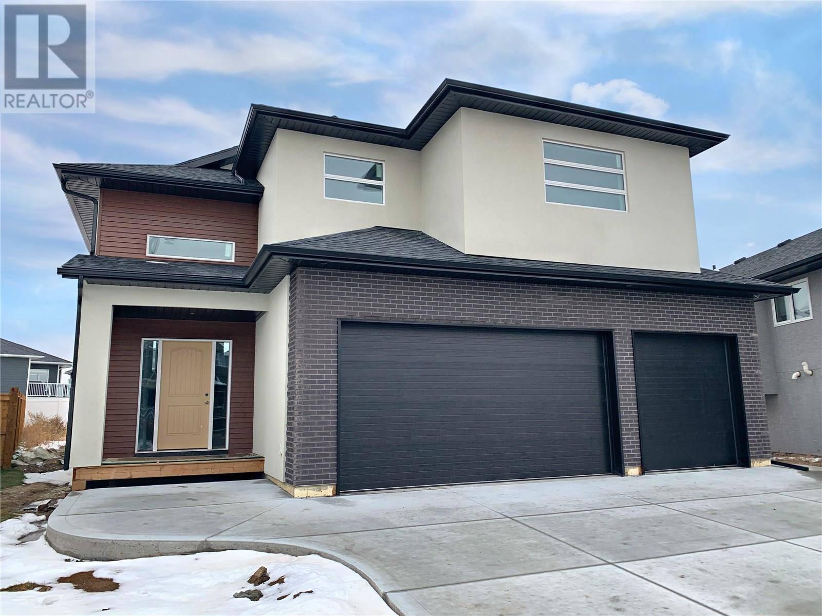 1031 Kloppenburg Bnd , Saskatoon | Image 1