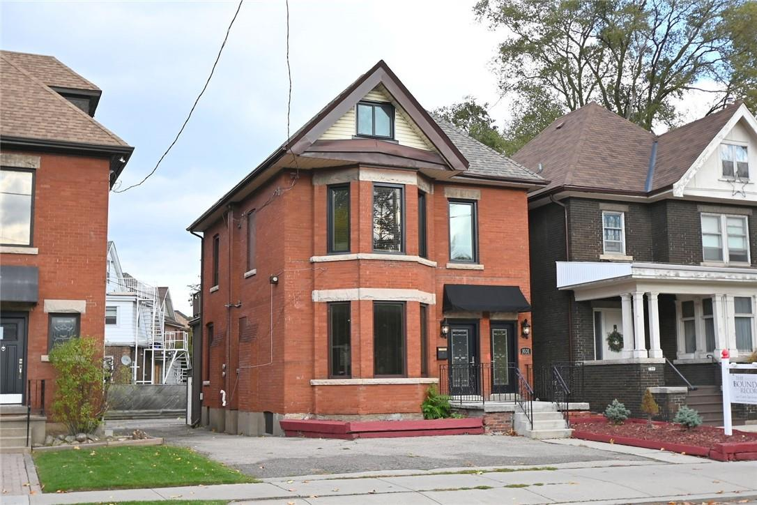 Removed: 1031 Main Street East, Hamilton, ON - Removed on 2019-11-19 06:03:10