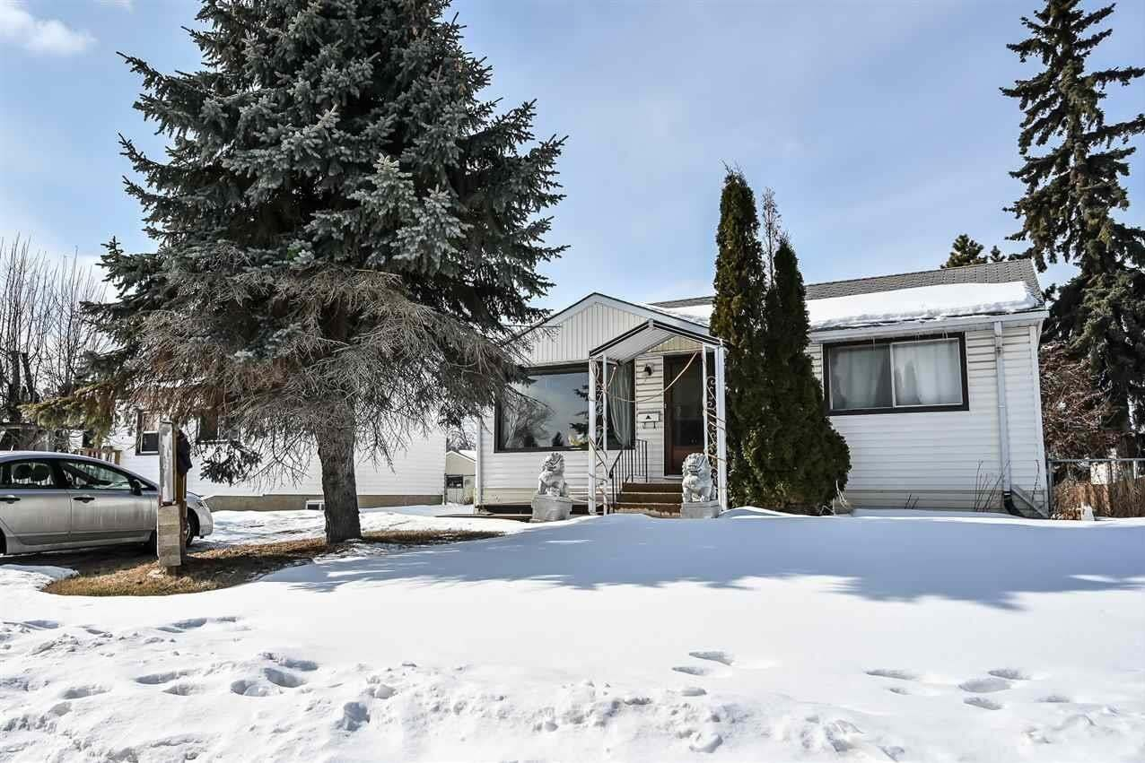 House for sale at 10312 158 St NW Edmonton Alberta - MLS: E4191888