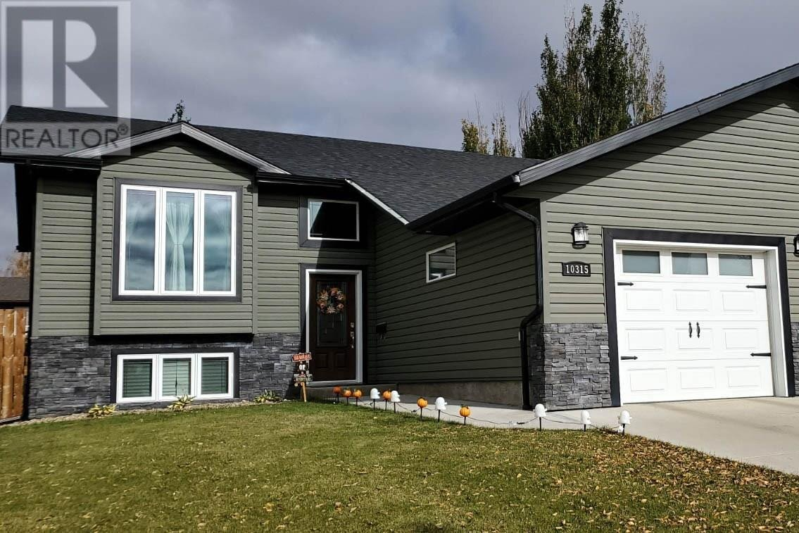 House for sale at 10315 Hock Ave North Battleford Saskatchewan - MLS: SK831857