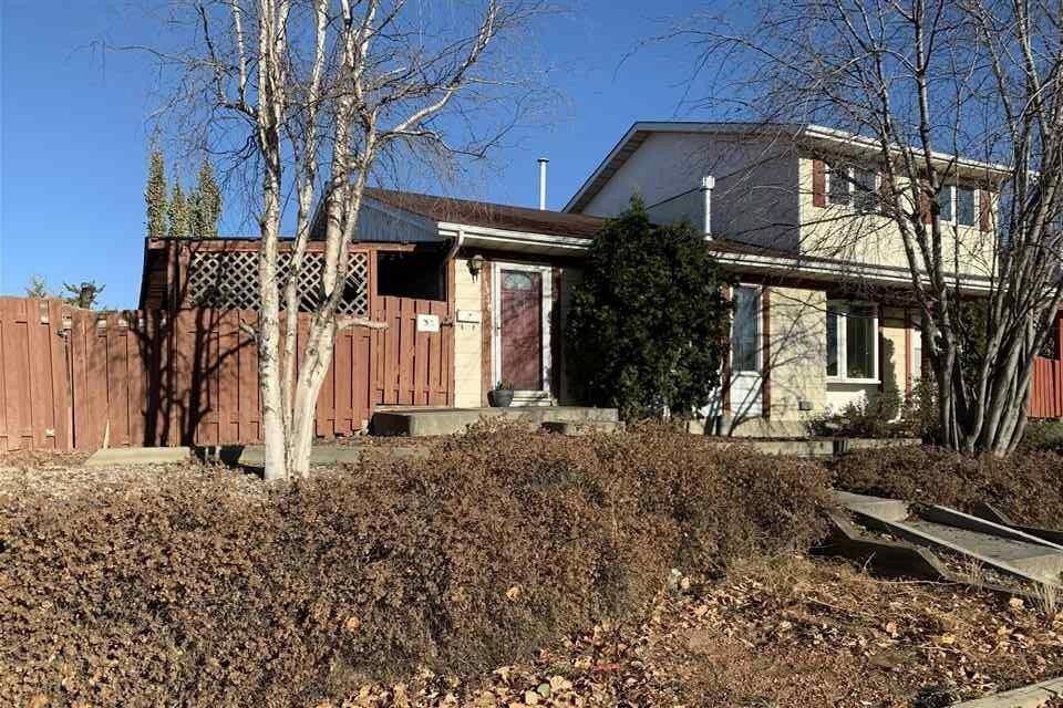 Townhouse for sale at 10318 158 Av NW Edmonton Alberta - MLS: E4219348