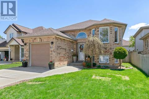 House for sale at 10319 Fiesta Ct Windsor Ontario - MLS: 19018170