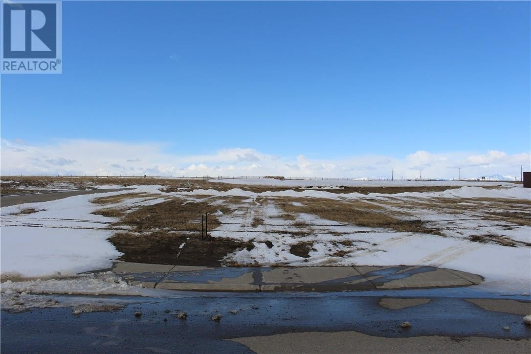 Residential property for sale at 1032 Livingston Wy Pincher Creek Alberta - MLS: ld0190893