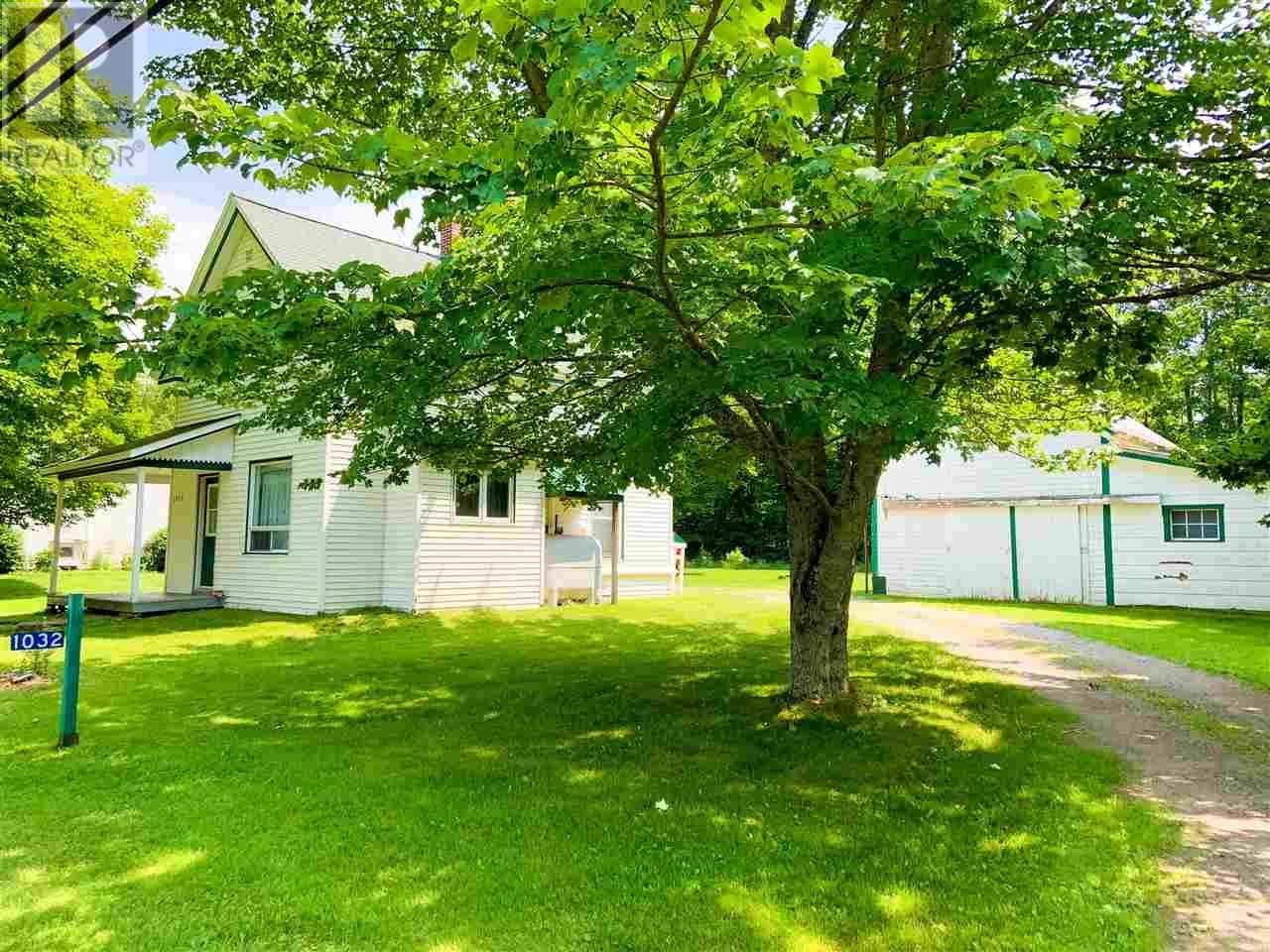 House for sale at 1032 Maple St Waterville Nova Scotia - MLS: 201918388