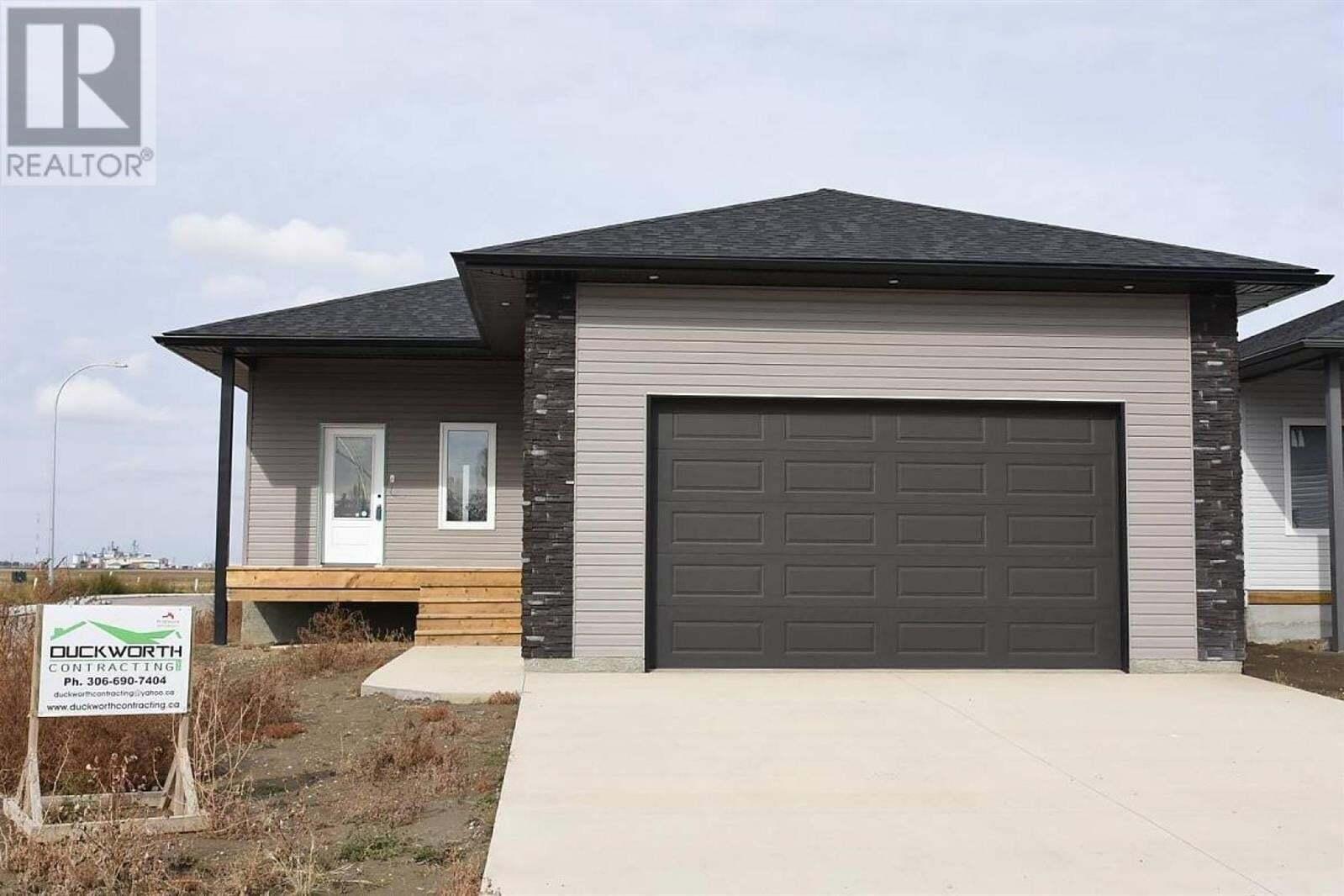House for sale at 1032 Maplewood Dr Moose Jaw Saskatchewan - MLS: SK803851