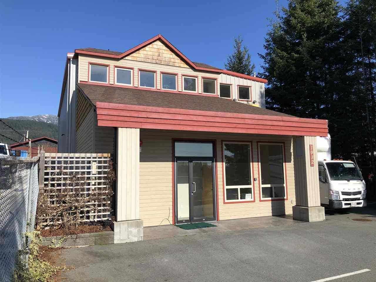 Commercial property for sale at 1032 Seamount Wy Gibsons British Columbia - MLS: C8029987