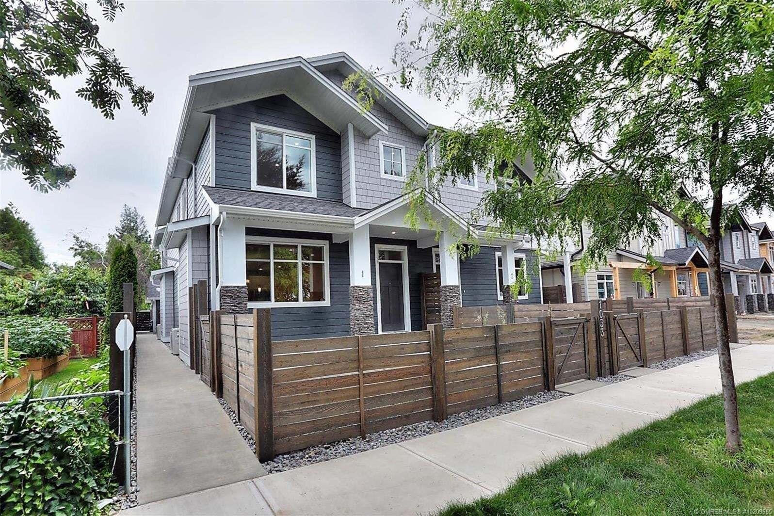 Townhouse for sale at 1033 Stockwell Ave Kelowna British Columbia - MLS: 10209685