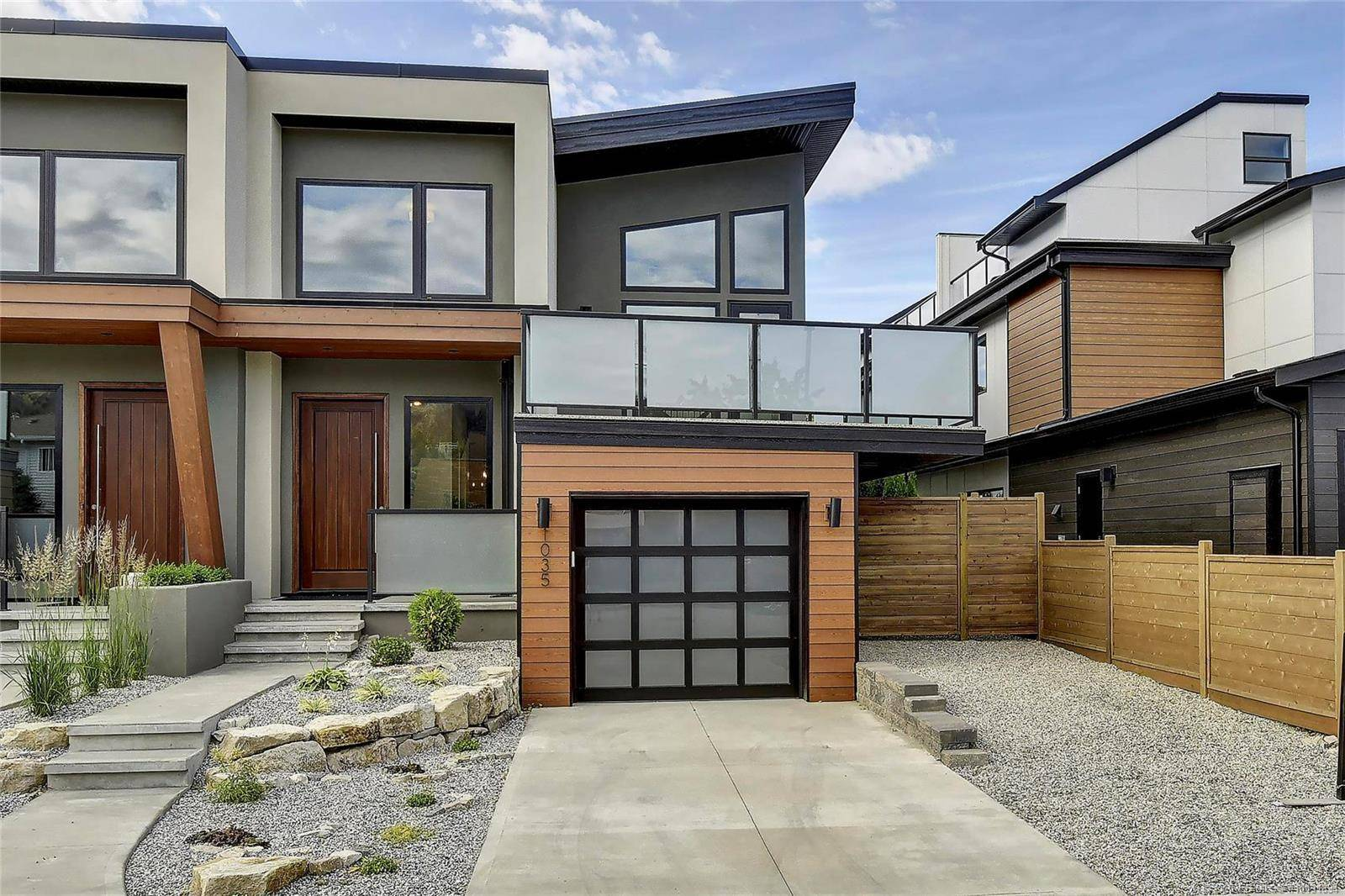 Townhouse for sale at 1035 Cawston Ave Kelowna British Columbia - MLS: 10191834