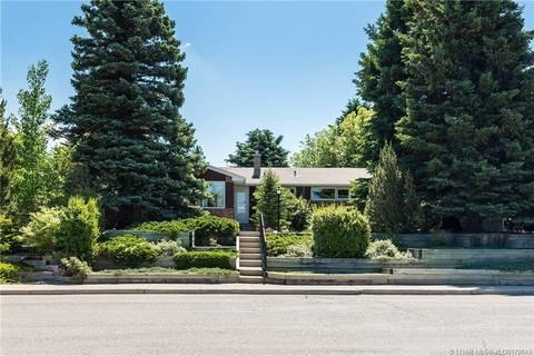 House for sale at 1035 Henderson Lake Blvd S Lethbridge Alberta - MLS: LD0172613